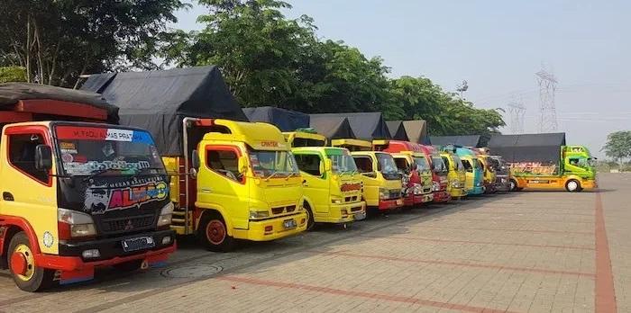 jasa sewa truk jakarta indonesia
