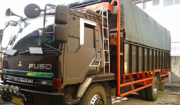 sewa truk jakarta lombok