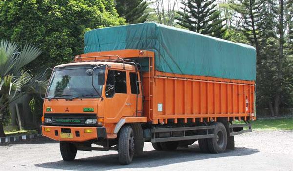 sewa truk jakarta padang